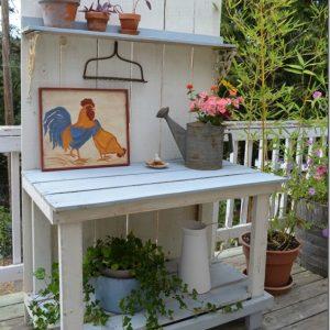 a fun DIY potting bench from fence boards, FlowerPatchFarmhouse.com