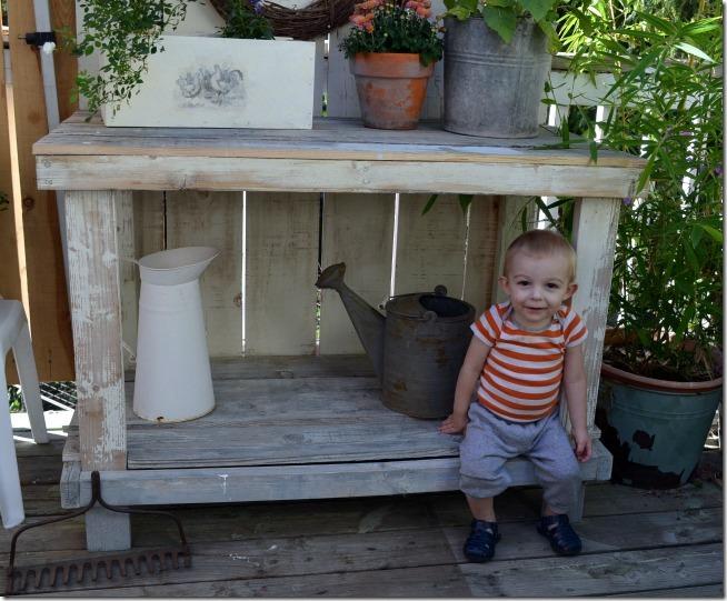 benjmain potting bench 2
