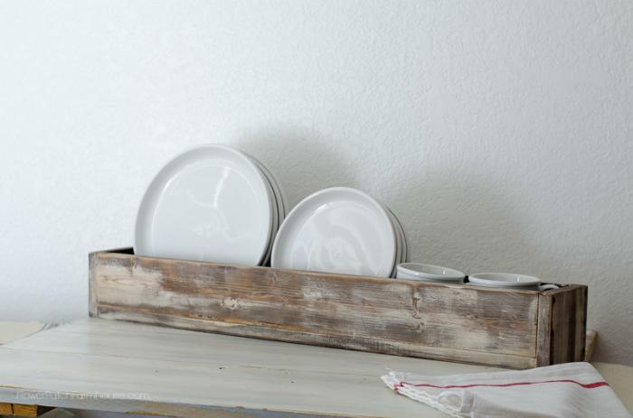 DIY vintage rustic box as plate rack, FlowerPatchFarmhouse.com