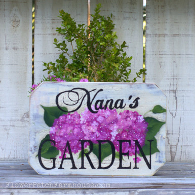 Nana's Garden sign, hand painted with bright pink Hydrangeas, ready to hang and protected for outdoor use! FlowerPatchFarmhouse.com