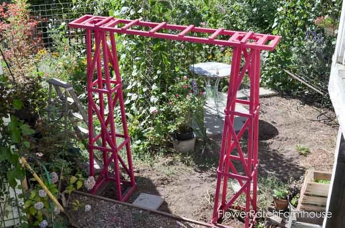 Obelisk Arbor, FlowerPatchFarmhouse.com (2 of 6)