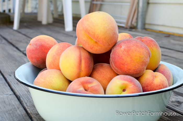Delicious Peach Butter Recipe, FlowerPatchFarmhouse.com