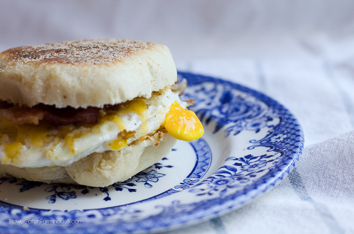 delicious homemade english muffins, great for breakfast sandwiches, with butter and jam and even plain. These beat store bought anyday! FlowerPatchFarmhouse.com
