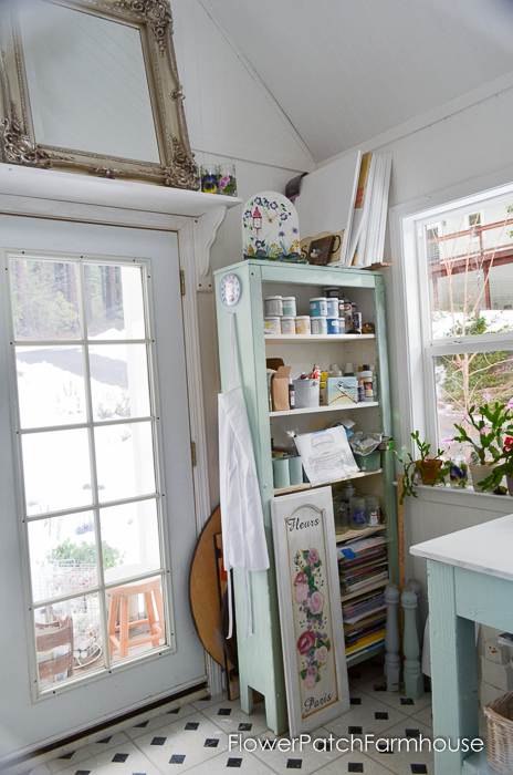 She Shed Studio Cottage Interior, FlowerPatchFarmhouse.com (9 of 10)