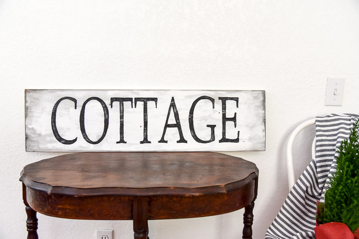 DIY hand painted cottage sign, link to pattern packet