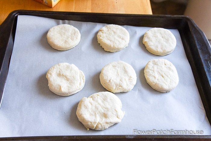 https://www.flowerpatchfarmhouse.com/delicious-buttermilk-biscuits/