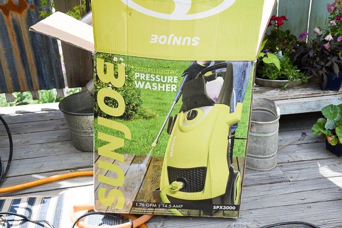 SunJoe Pressure Washer box